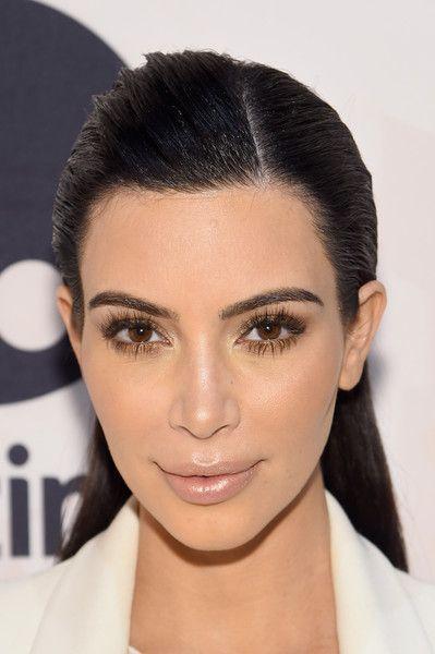 Kim kardashian on nude lipstick