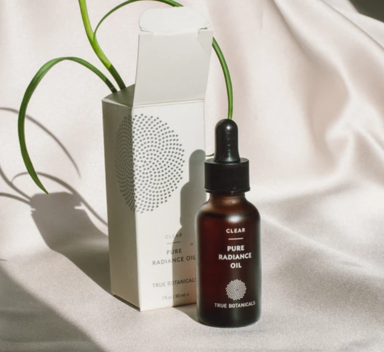 Clear pure radiance oil 1