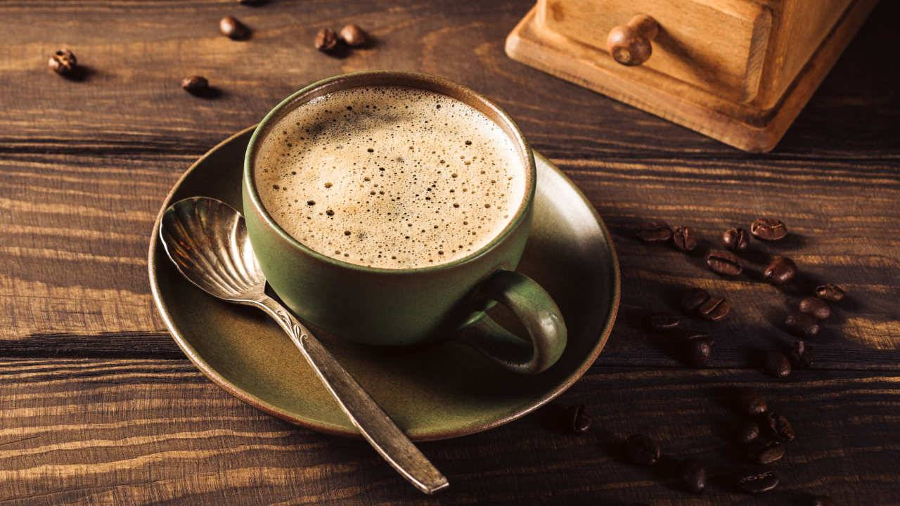 avoid caffeinated beverages at night-yourself on update