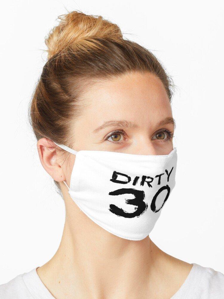 wearing dirty mask