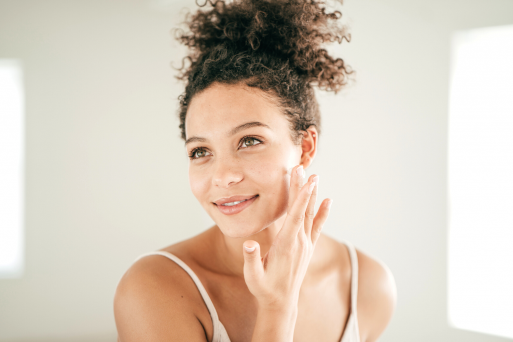 Look younger than your age #2. Frequently Use Collagen Cream Or Retinol